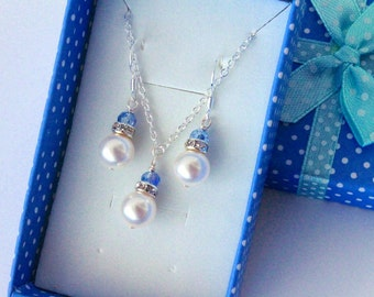 Pearl necklace - Bridesmaid Gift, Flower girls necklace