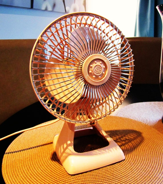 Pink Electric Fan : Retro pale pink holmes electric desk fan small by vintagetins