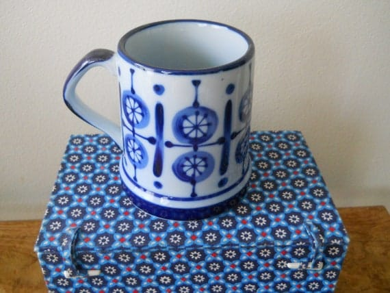 Nordic Cobalt Blue Small Wagon Wheels Mug