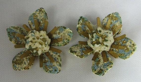 Vintage Coro Textured Flower Clip Earrings