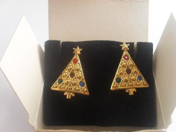 Avon Christmas Tree Earrings Vintage Gold Tone With