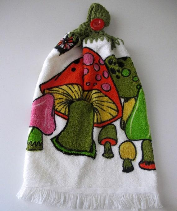 vintage mushroom dish towel / 1970s