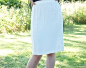 Vintage White Elastic Waist Pencil Skirt