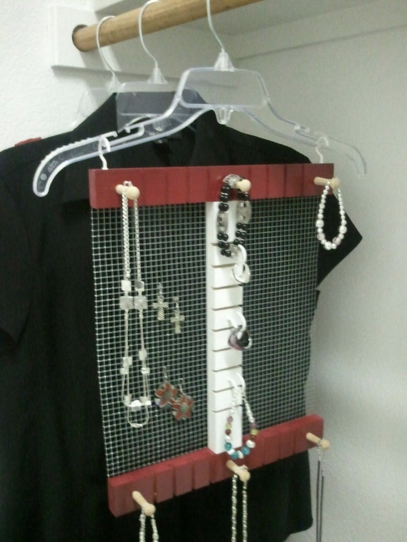 College Student Dorm Closet Jewelry Hanger Holder Rack Maroon and White Christmas Gift