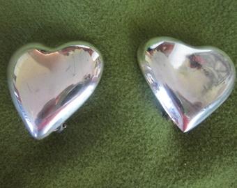 Vintage 1960s Full body Sterling Silver Puffy Heart Earrings Cool