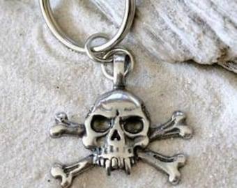 Pewter Skull and Crossbones Gothic Pirate Biker Keychain Key Ring (23E)