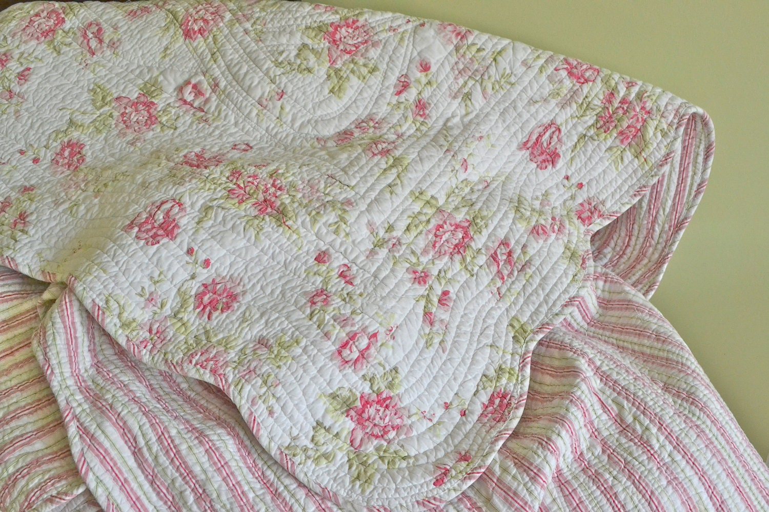 Pink Floral Queen Quilt Vintage Coverlet Shabby Chic Queen
