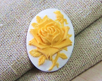 6  pcs of resin rose cameo --18x25mm-0161-5-yellow on white