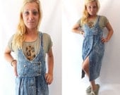 Vintage 1980s Dress / Cherokee chemical wash denim double breasted dress
