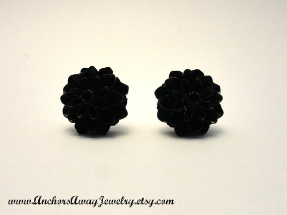 Black Dahlia Stud Earrings - Vintage Inspired Dahlia Earrings