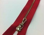 Red Zipper RIRI M4 Brass 2 Way Separating 24in