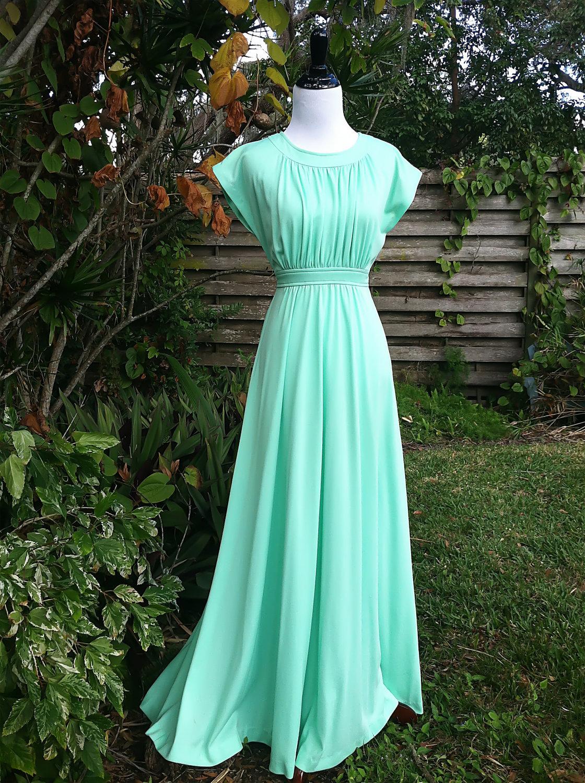 Vintage dress/1970s maxi dress/mint gown/1970s gown/mint