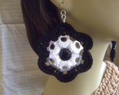 Crochet Pop Tab Flower Earrings & Button w/TITANIUM Hooks for SENSITIVE Ears Black/White