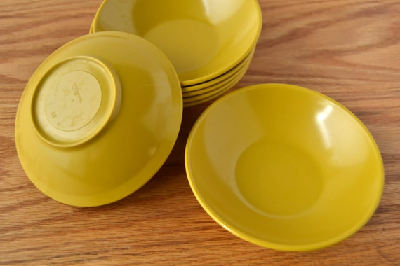 vintage small golden yellow melmac bowls - set of 7
