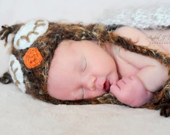 Warm Sleepy Eye Owl, fuzzy owl set. Furry owl hat, wing cape. Furry owl newborn baby photo prop. Christmas Halloween photo prop