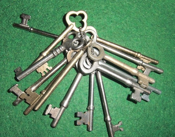 Large set of antique keys: for use in jewelry/art creation or just enjoyed as is
