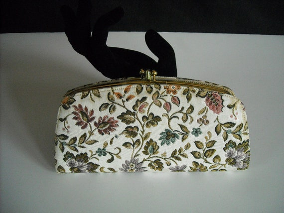 vintage taperstry clutch