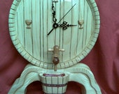wine barrel  clock,carved in wood
