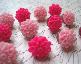 Decorative Thumbtacks... 12 pc Decorative Pushpin Set in Pink...  Housewarming Gifts, Hostess Gifts, Wedding Favors
