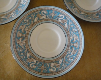 Vintage Wedgwood Turquoise and White Florentine Griffin Tea Saucers (4)