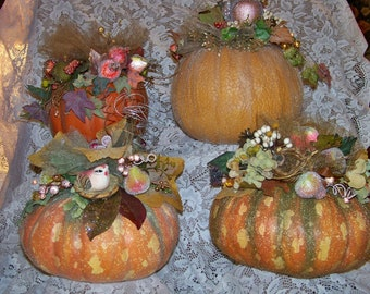 Large Pumpkin-Decorated Pumpkin-Fall,Autumn,Thanksgiving Arrangement,Decoration.Centerpiece