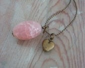 Charming salmon nude flamed crab agate gemstone with small hart brass ballchain long necklace