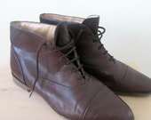 Reserved for Curlydoll // VINTAGE Brown Ankle Boots 8.5