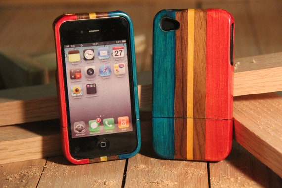 iPhone 4 / 4s wood case - multi color red and blue