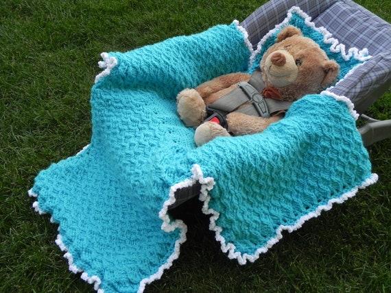Car Blanket: Winter Car Seat Blanket Crochet Pattern