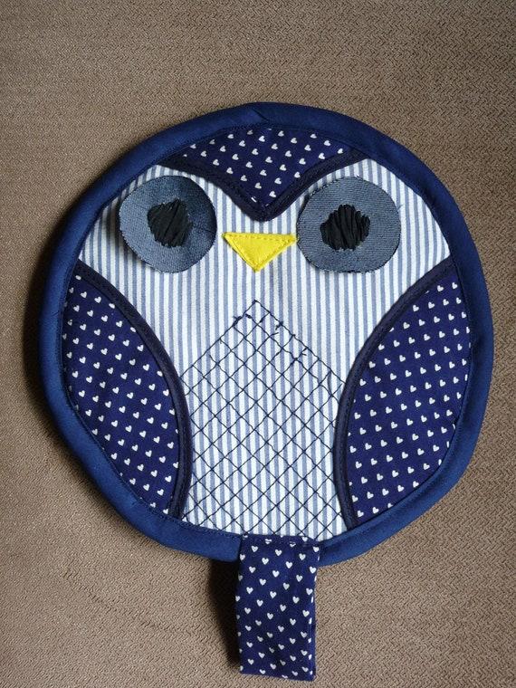 Dark Blue Owl Pot Holder