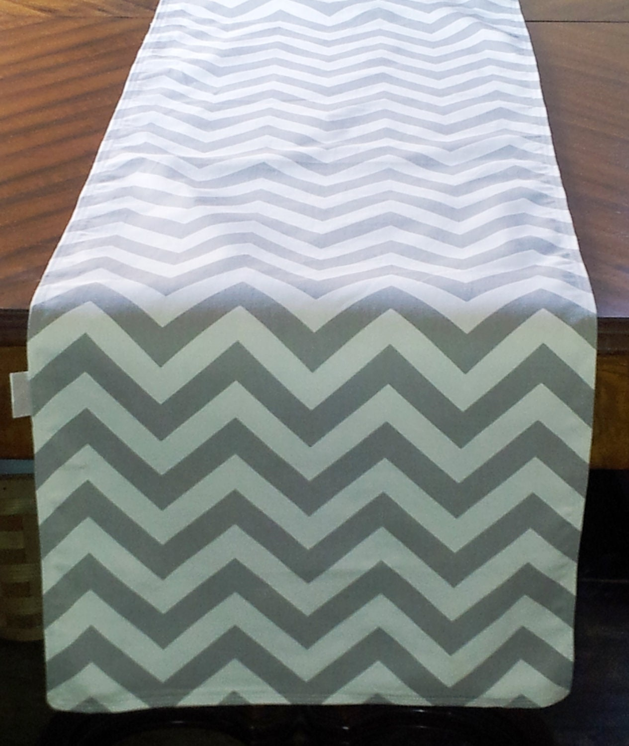 modern table runner images  reverse search - filename ilfullxfullogiy