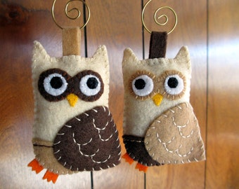 Pair of Pocket Felt Owls- Natural cream, tan and brown
