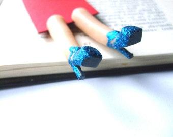 Galaxy heels bookmark. Leg bookmark. Navy blue shoes. Shimmer blue shoes bookmark. Blue heels. Space shoes. Galaxy, Universe. Funny gift