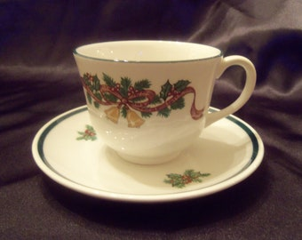 Fine English Tableware  VICTORIAN CHRISTMAS