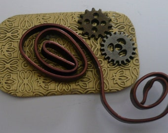 Gear Pin with Copper Curl