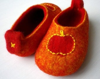 Felted wool slippers / house shoes for children - Red apples