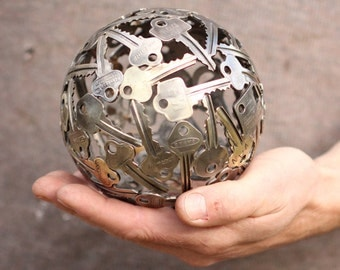 Small 13 cm key ball, Key sphere, Metal sculpture ornament