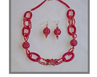 Red Glass Link Necklace and Earrings with Bling