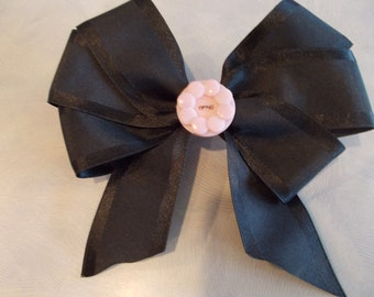 "Beautiful 6"" fancy black bow with antique pink button with french clip"