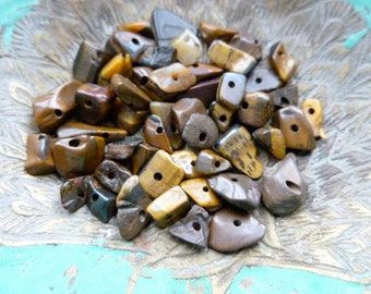 50x Tigers Eye Chip Beads, Charms, Jewellery Making C565