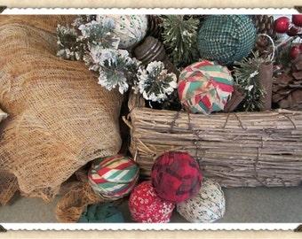 Primitive Fabric Balls Christmas Prim Bowl fillers Decor Green Red set of 8