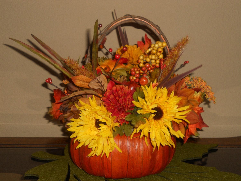 Fall centerpiece rustic reed basket pumpkin