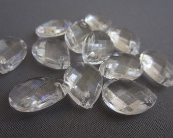 12 Acrylic Crystal Tear Drop Gem Pendant Beads - Clear - Small 18mm