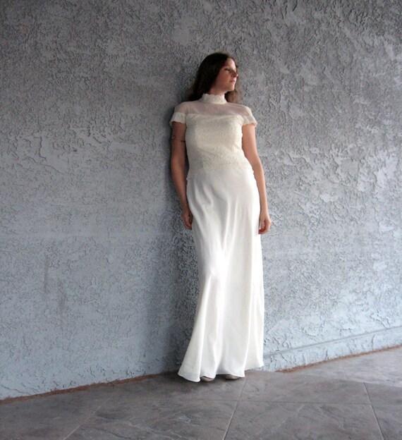 Elegant White Vintage Dress with Lace Details