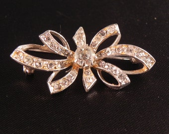 Vintage Bow Pin/Brooch Clear Colored Crystals  Silvertone Metal
