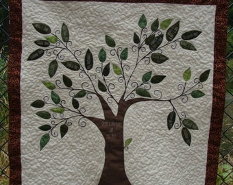 Family Tree Quilt Wall Hanging - Personalized