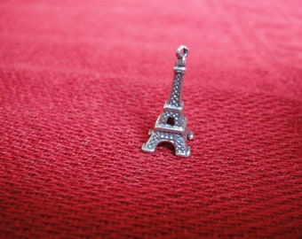 925 sterling silver oxidized   eiffel tower charm