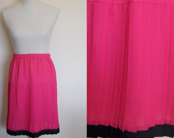 pink neon skirt // BRIGHT hot pink // pleated vintage skirt