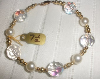 "7 1/2"" Crystal and Pearl Bracelet"
