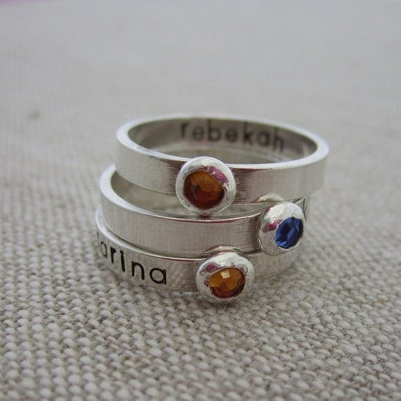 child 39 s name ring personalized birthstone ring mother. Black Bedroom Furniture Sets. Home Design Ideas